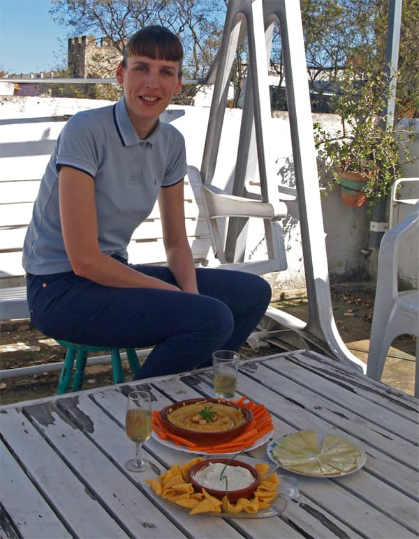 Amaryllis, Belgian woman living in Cadiz