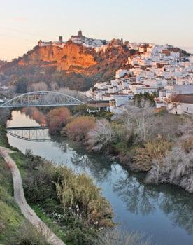 Whitewashed village of Arcos de la Frontera in Cadiz