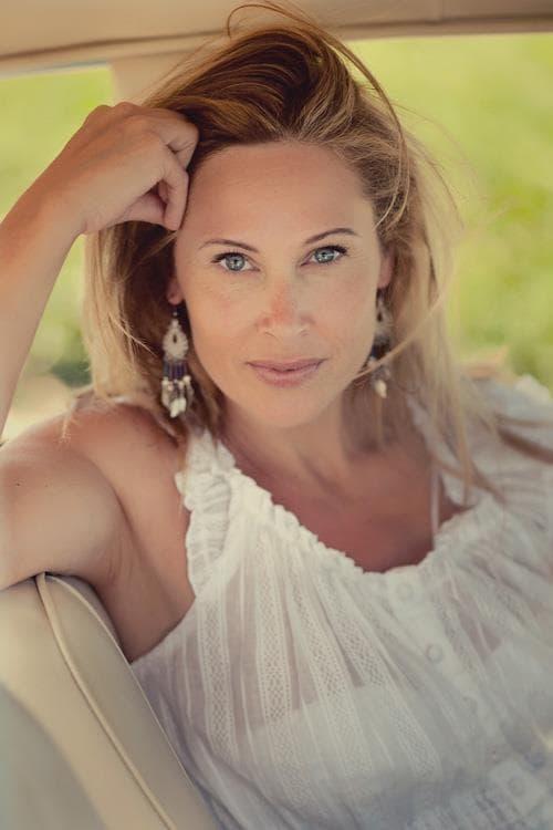 Linda American Woman living in Cadiz, Spain