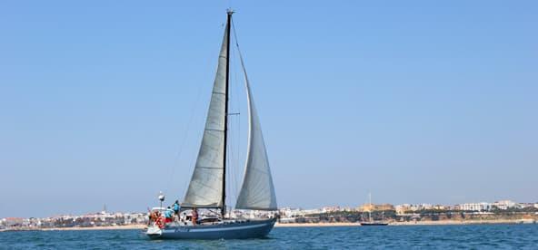 Cadiz bay sailing experience