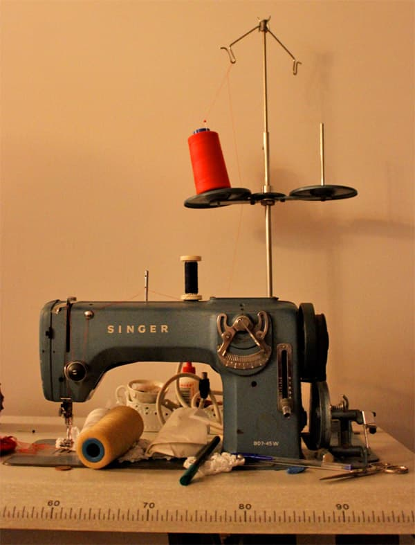 Sewing Machine for flamenco dresses
