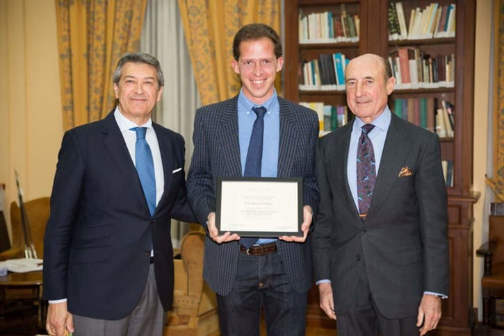 Genuine Andalusia holding the sherry educator certificate
