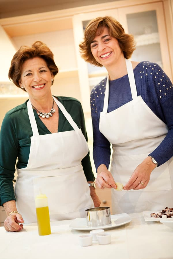 Pilar and Cristina. Food bloggers from Cadiz